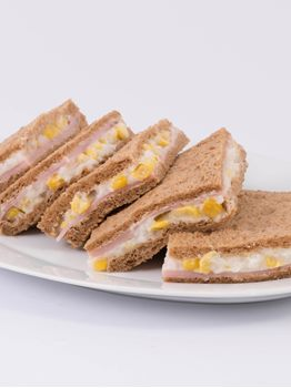 SANDWICHES DE JAMON CON CHOCLO