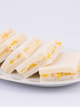 SANDWICHES DE QUESO Y CHOCLO