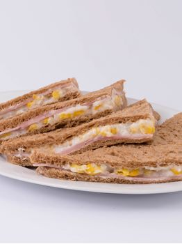 SANDWICHES DE JAMON Y CHOCLO